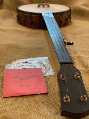 Red-series Nylgut strings for vintage sound